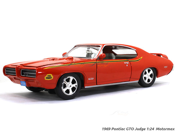 1969 Pontiac GTO Judge 1:24 Motormax diecast scale model car