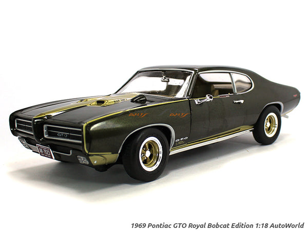 1969 Pontiac GTO Royal Bobcat Edition 1:18 Auto World diecast scale model car