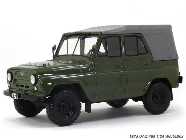 1975 UAZ 469 1:24 WhiteBox diecast scale model car