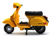 1978 Vespa P200E 1:32 New Ray diecast scale scooter bike