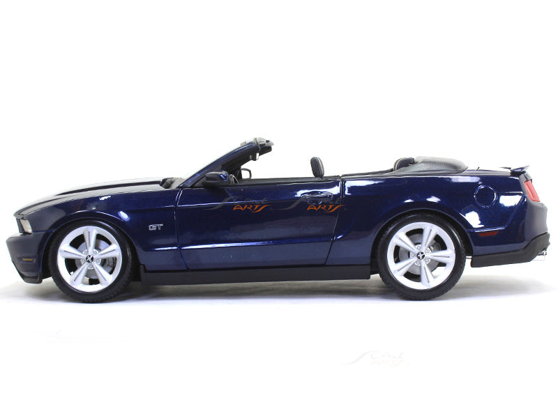 Ford Lightning For Sale >> 2010 Ford Mustang GT convertible 1:18 Maisto diecast Scale ...