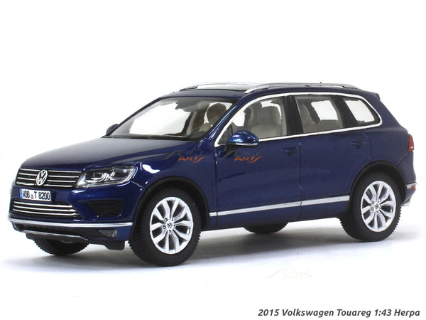 2015 Volkswagen Touareg 1:43 Herpa diecast Scale Model car