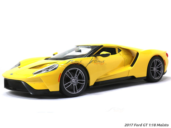 2017 Ford GT yellow 1:18 Maisto diecast Scale Model car