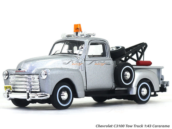 Chevrolet C3100 Tow Truck silver 1:43 Cararama diecast Scale Model Car