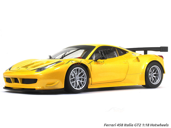 Ferrari 458 Italia GT2 1:18 Hotwheels diecast scale model car