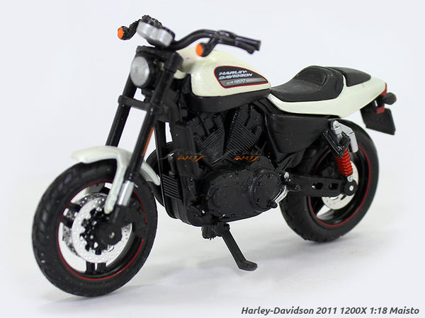 2011 XR 1200X White Harley Davidson 1:18 Maisto diecast scale model bike