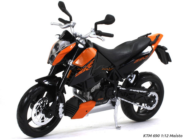 KTM 690 Duke 1:12 Maisto diecast Scale Model bike