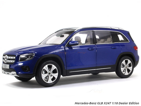 Mercedes-Benz GLB X247 1:18 Dealer Edition diecast scale model