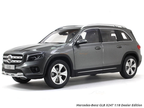 Mercedes-Benz GLB X247 grey 1:18 Dealer Edition diecast scale model