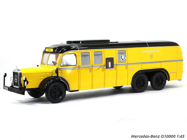 Mercedes-Benz O10000 1:43 scale model bus collectible