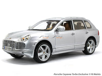 Porsche Cayenne Turbo Exclusive 1:18 Maisto diecast Scale Model car