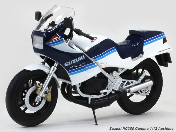 Suzuki RG250 Gamma 1:12 Aoshima diecast Scale Model bike