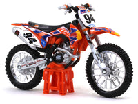 Team Red Bull 2004 KTM 450 Dakar Rally 1:18 Bburago diecast scale model bike
