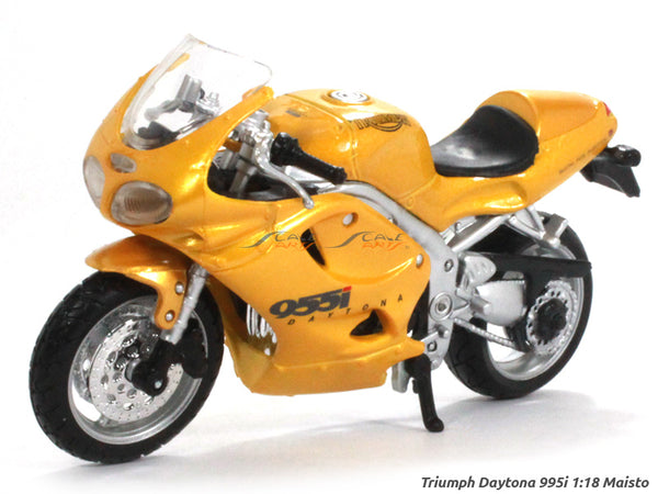 Triumph Daytona 995i 1:18 Maisto diecast scale model bike