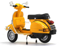 Vespa P200E yellow 1:12 NewRay scale model bike