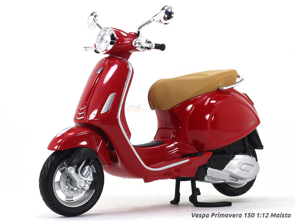 Vespa Primavera 150 red 1:12 Maisto diecast Scale Model bike