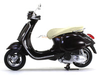 Vespa Primavera 1:12 NewRay scale model bike