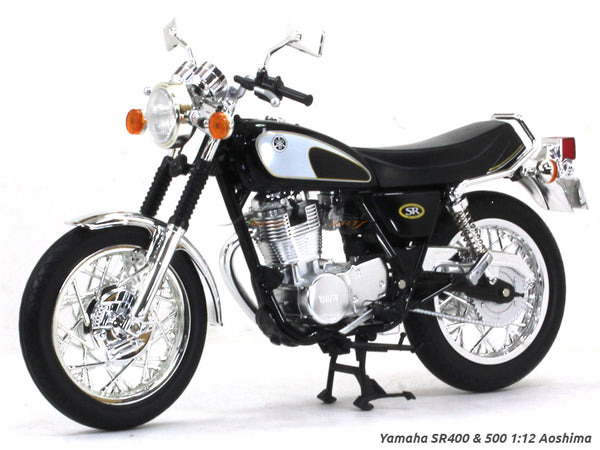 Yamaha SR400 & 500 1:12 Aoshima diecast Scale Model bike