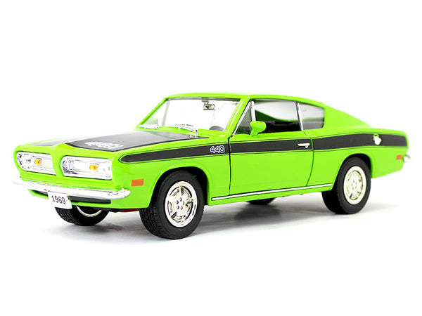 1969 Plymouth Barracuda 1:18 Road Signature Yatming diecast scale model car