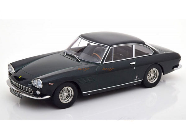 Prebook : 1965 Lamborghini 330 GT 2+2 green 1:18 KK Scale diecast Scale Model Car