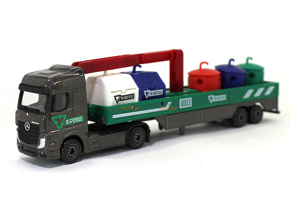Mercedes-Benz Actros garbage carrier 1:87 Majorette diecast Scale Model truck