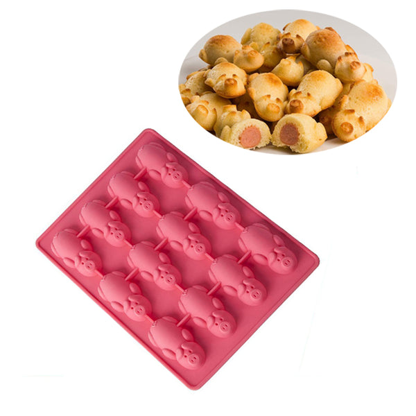 Pigs in a Blanket Baking Mold