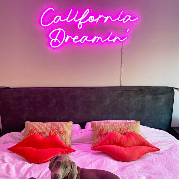 'California Dreamin' Neon Sign