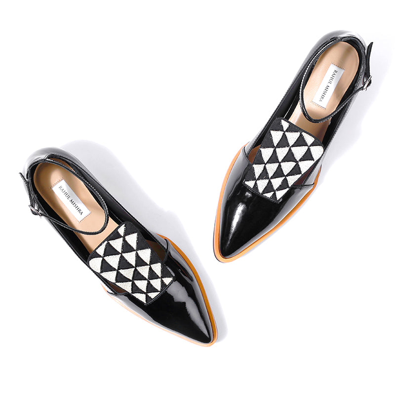 PRISM POINTED SHOES