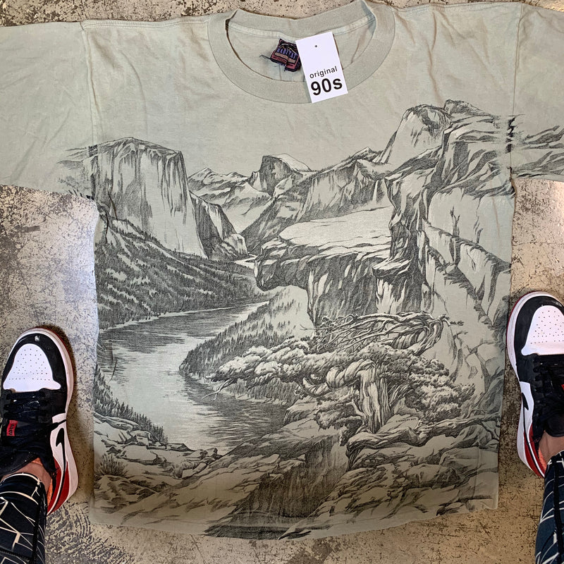 Vintage Dead Stock Yosemite XL
