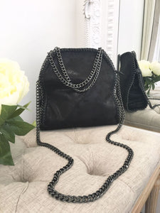 Nessa Chunky Chain Medium Bag - Black