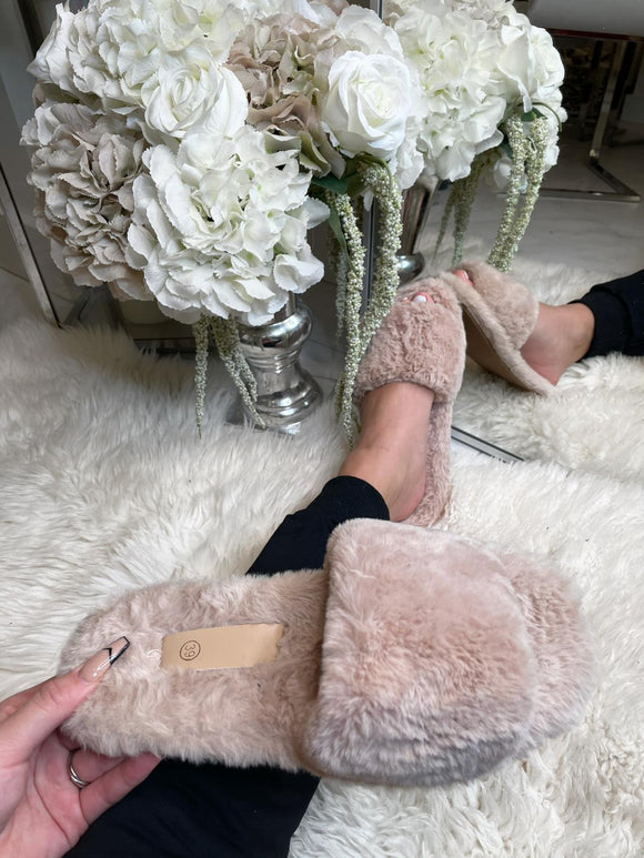 Ellie Fur Slippers - Beige