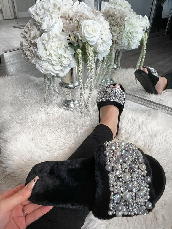 Alaya Embellished Slippers - Black
