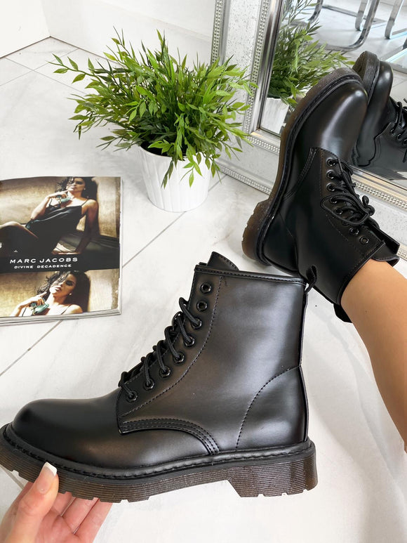 Luci Lace Up Flat Ankle Boots - Black Leather