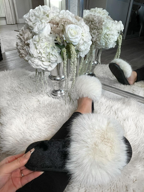 Harriet Fluffy Slippers - White