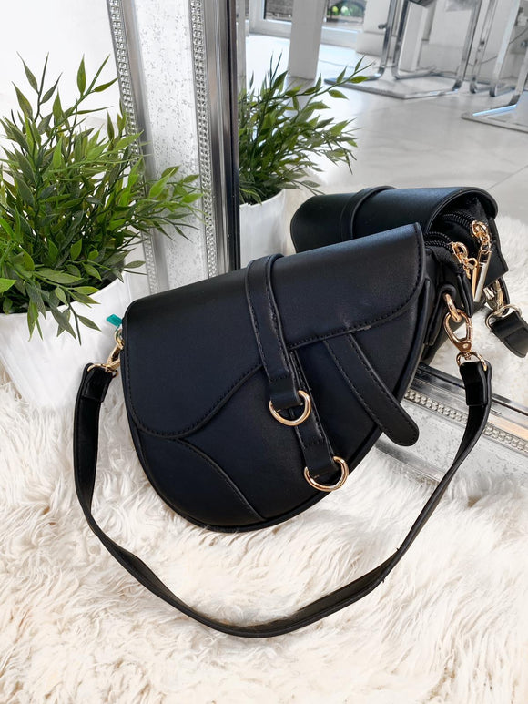 Rihanna Saddle Bag - Black