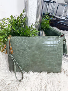 Dolly Snake Detail Clutch Bag - Green