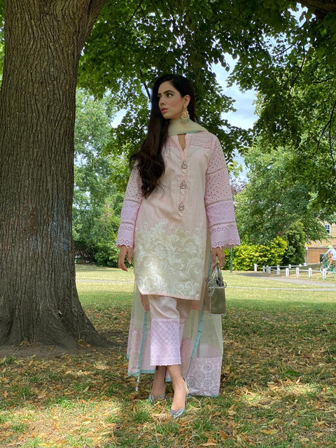 Aashiqa - Pink with Beige