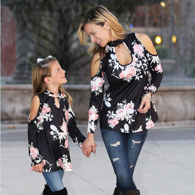 Mother Daughter Family Matching T-Shirts Printed Mommy Kid Girls Clothes Women Girls Floral T-shirt Mom and me Family Tops Black