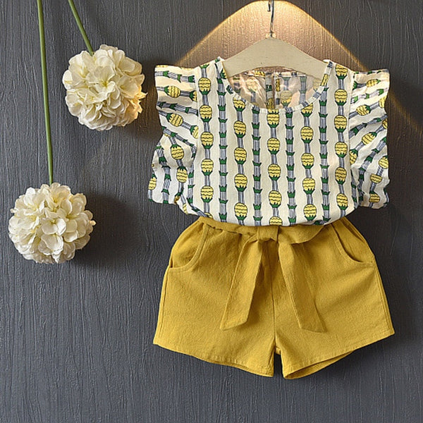 NEW SPRING / SUMMER FASHION! Sleeveless Style Baby / Girls Shirt +Shorts + Belt 3pcs Suit Children Clothing Sets