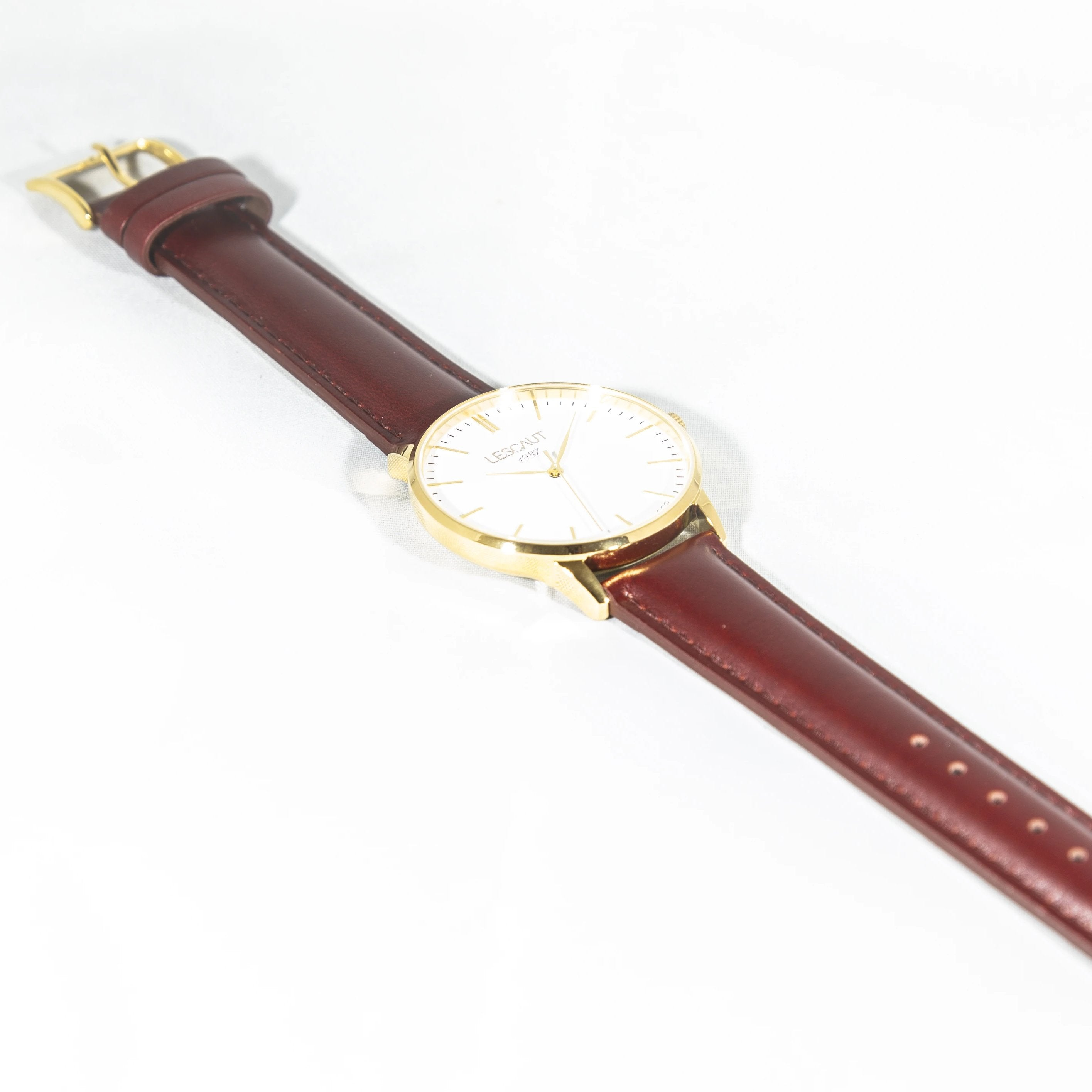 LESCAUT horloge geel gouden kast witte wijzerplaat bordeaux leder bandje Watch yellow gold case white dial burgundy leather strap