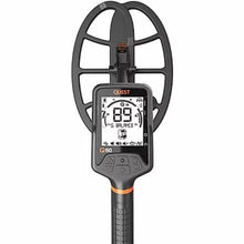 Quest Q60 Waterproof Metal Detector display and coil
