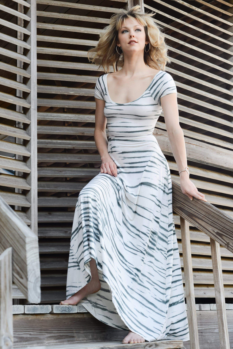 The OM Collection Dress Keyhole Maxi Dress // Tie Dye