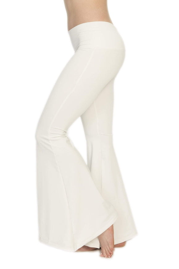 The OM Collection Pants XXS Bell Bottoms // White