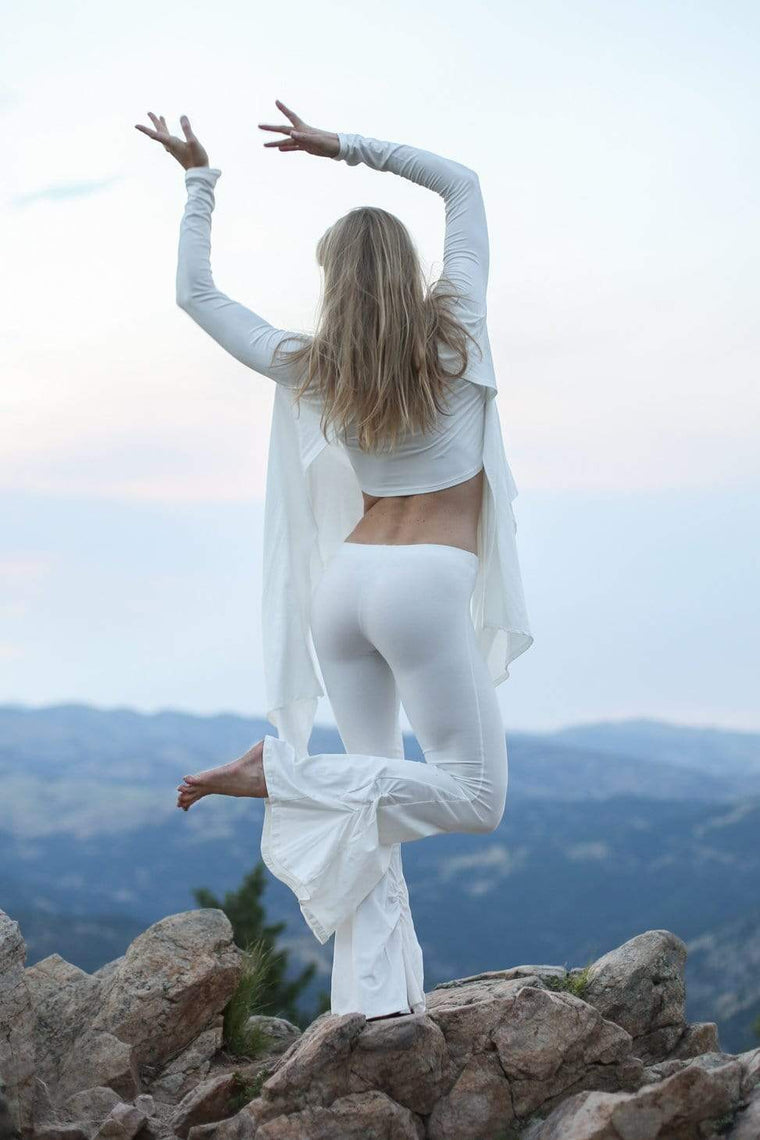 The OM Collection Pants Off White / L Long Isabel Bell Bottoms