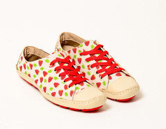 Moccasin Strawberry