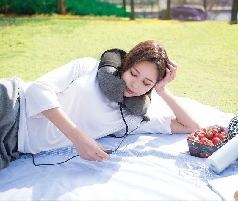 3D INFLATABLE MASSAGE NECK PILLOW