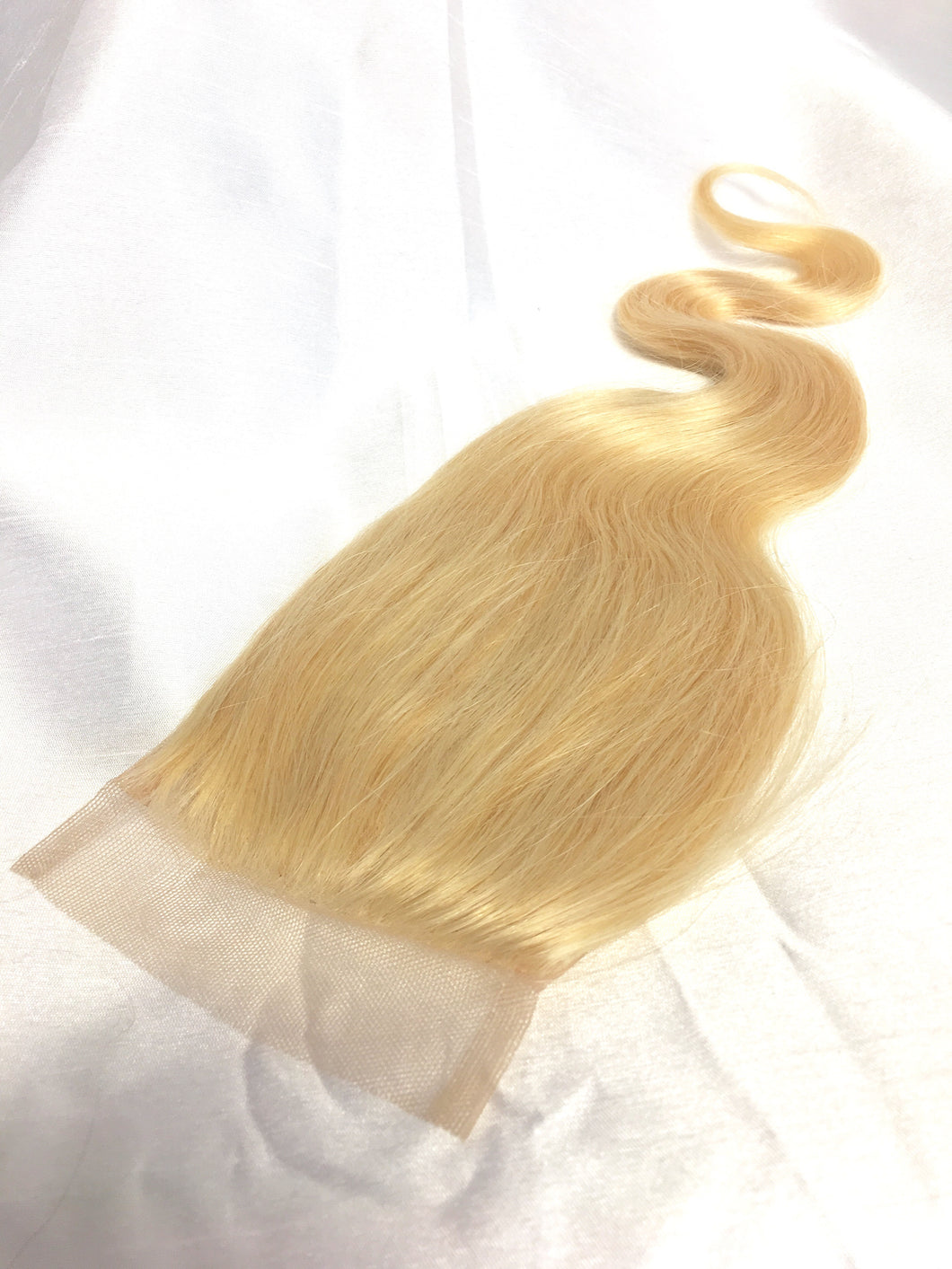 Eurasian Wavy Lace Closure