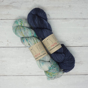 Breathe & Hope Kit - Casapinka's LYS Day Project - Emma's Yarn Practically Perfect Sock WITH FREE PATTERN Iguana & Denim | Yarn Worx