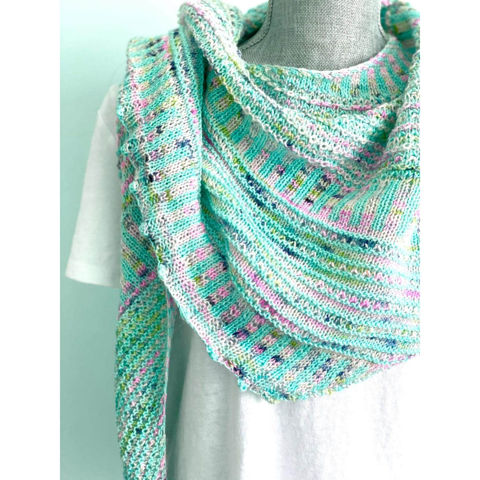 Breathe & Hope Kit - Casapinka - Emma's Yarn Super Silky with Pattern