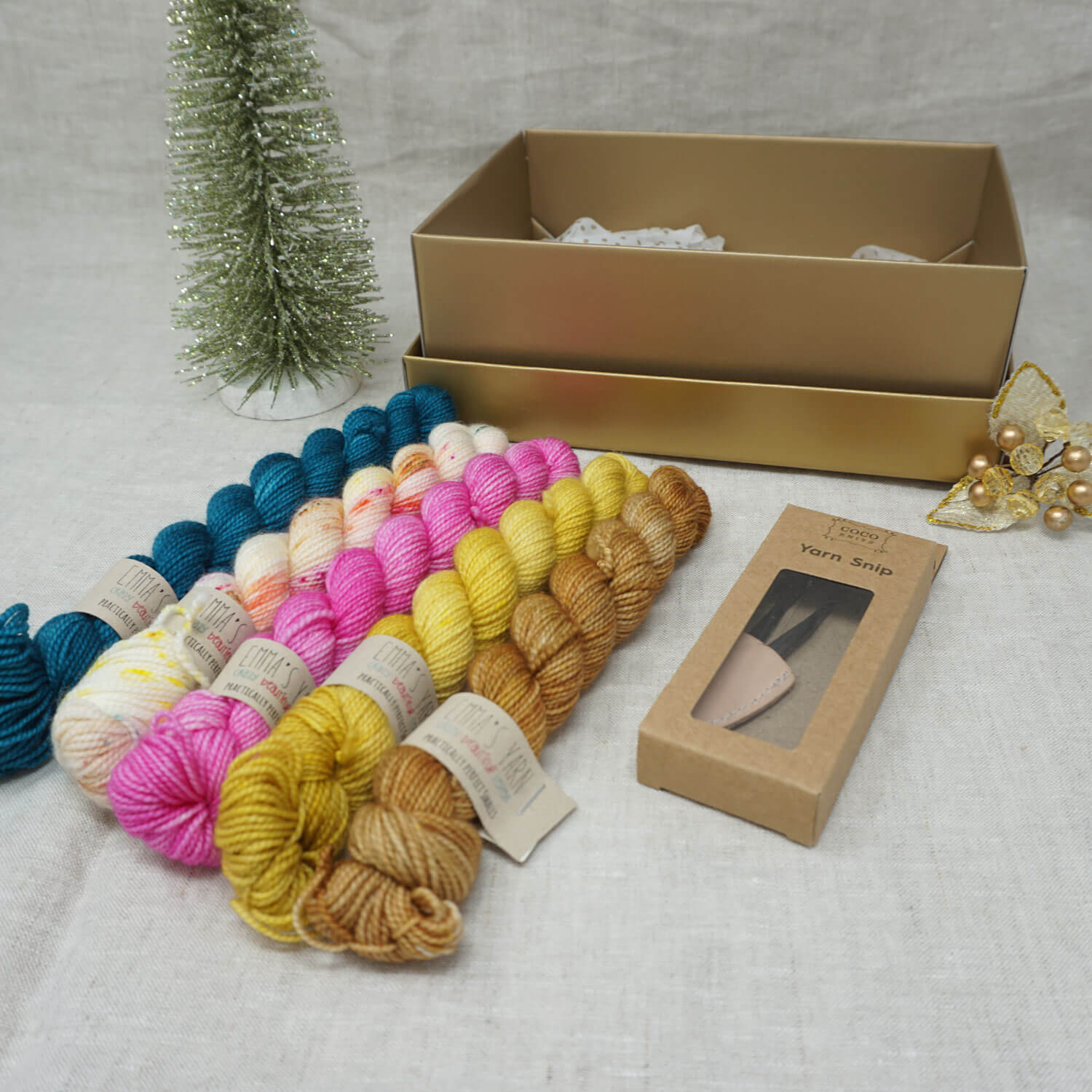Christmas Knit or Crochet Gift 3 (5 x 20g & Cocoknits Yarn Snips with Bohemian Market, Buttonwood, Barbie Girl, Wish you were Beer and Tealicious Practically Perfect Smalls Emma's Yarn